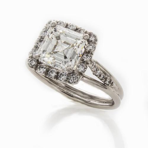 ASSCHER CUT DIAMOND 2.35 CT
