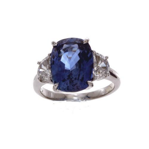 CUSHION BLUE SAPPHIRE RING