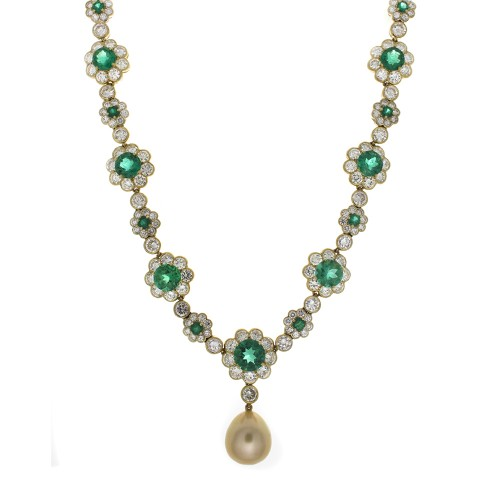 EMERALD AND DIAMOND NECKLACE