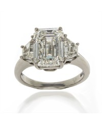 EMERALD CUT 4.01 CT