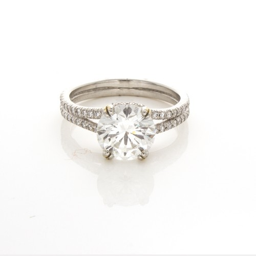 BRILLIANT CUT DIAMOND RING 2.06 CTS