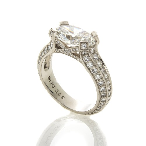 OVAL DIAMOND 2.09 CT