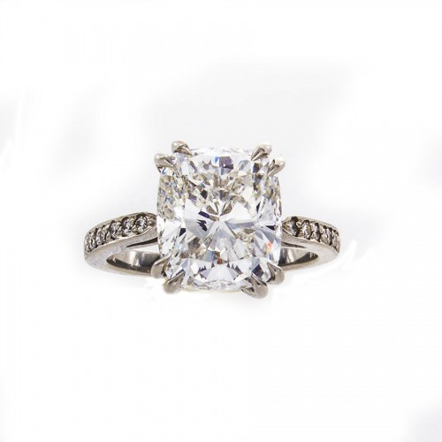 CUSHION PLATINUM RING