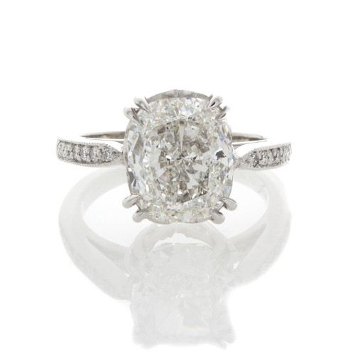 CUSHION CUT DIAMOND 4.01 CTS