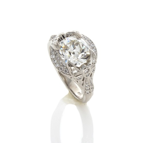 CUSHION CUT DIAMOND 2.39 CT