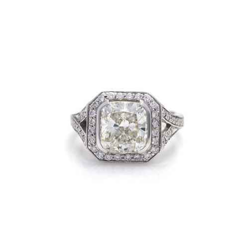 CUSHION CUT DIAMOND 3.21 CT