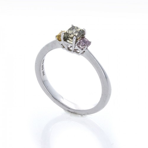 RADIANT CUT FANCY COLOR DIAMOND RING
