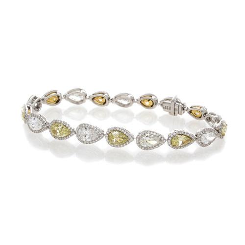 PEAR SHAPE DIAMOND BRACELET
