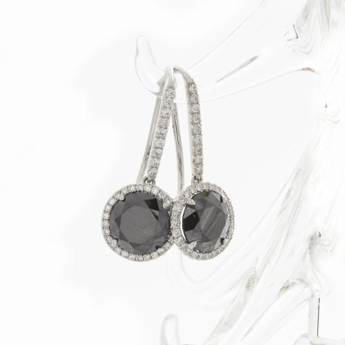 BRILLIANT CUT BLACK DIAMONDS 3.01 CTS