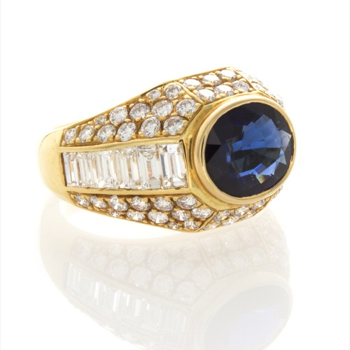 OVAL SAPPHIRE 2.46 CT